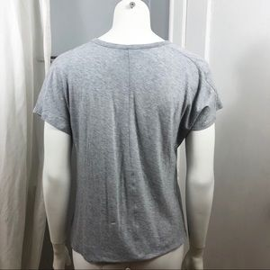 Vince Tops - ⭐️VINCE Top Large Gray Tee Tiny Pocket Very Soft